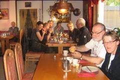 gezellig-aan-het-ontbijt-19-05-13