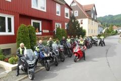 Motorclub Barchem met Anton Jr., Jacqueline, Henk, Gerhard, Hans, Herman, Hermien, Wybo, Jan, Anton Sr., Wim, Wayne en Johan